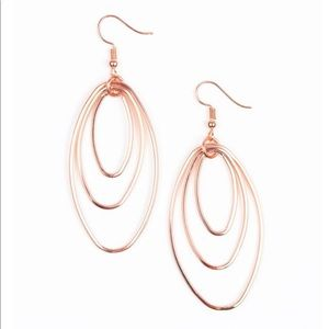 Rose gold color earrings
